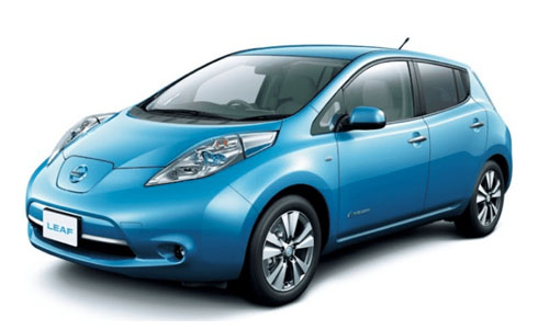 Noleggio lungo termine Nissan LEAF a partire da Euro 377 i.e.