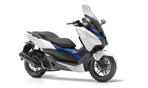 Noleggio lungo termine Honda-Moto Forza a partire da 271 €