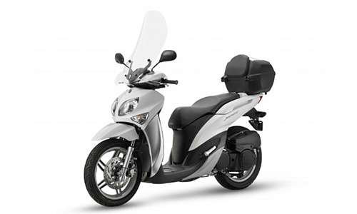 Noleggio lungo termine Yamaha Xenter a partire da 89 €