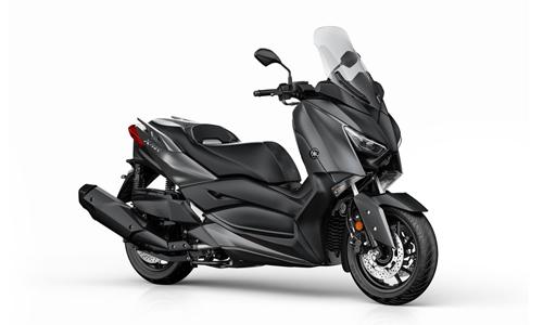 Noleggio lungo termine Yamaha X-MAX a partire da 137 €